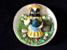 COLLECTABLE SMALL GILDED DISH 3D RAISED BETTY BADGER FIGURE REGENCY FINE ARTS